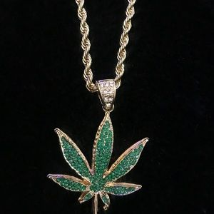 Jewelry - Weed plant rope chain necklace